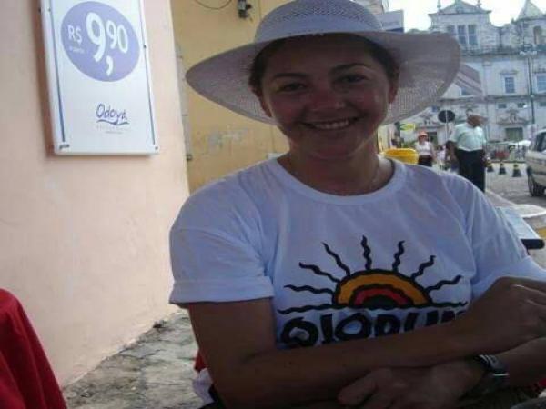 Retorno da radialista Merônica Abrantes ao rádio Sousense é cogitado