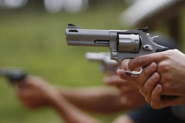 Com decreto, pessoas acima de 25 anos podem ter até 4 armas de fogo