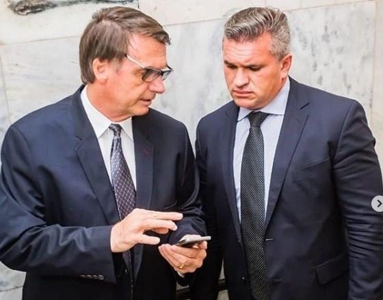 """Julian Lemos rebate suposto """"esfriamento"""" e diz que não há rompimentos em sua relação com Bolsonaro"""