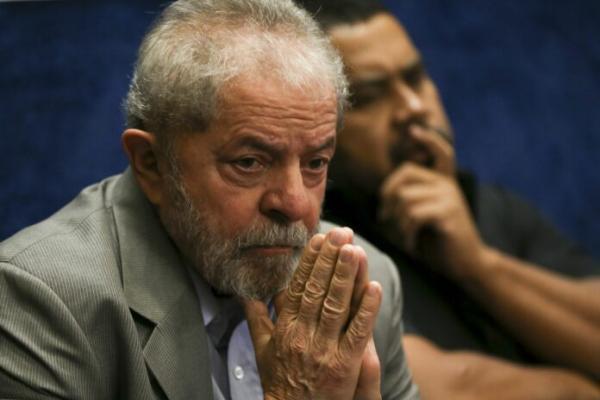 Fachin nega um mais pedido de liberdade a Lula no caso do tríplex
