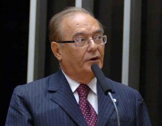 Faturando: Ex-deputado sousense terá aposentadoria de R$ 33.724,42