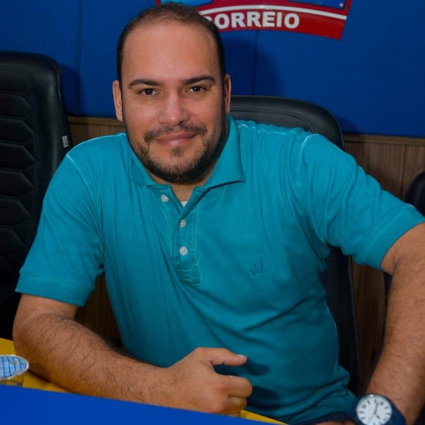 Discussão sobre áudios de Aldeone Abrantes gera demissão de jornalista da Correio