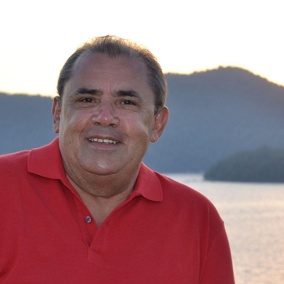 Radialista Ademar Nonato apresentador da Rádio 104 FM. (Foto: Reprodução).