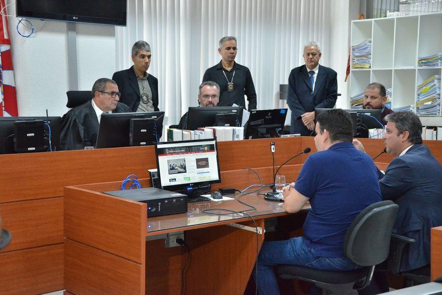 O radialista teve a prisão temporária decretada na oitava fase da Operação Calvário. (Foto: Reprodução).