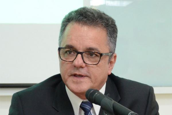 Justiça Eleitoral em JP limita dimensões das bandeiras de campanha e restringe faixas de ônibus
