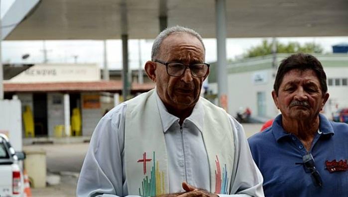 Padre Cleides Claudino, sacerdote da cidade de Uiraúna. (Foto: Cofemac).