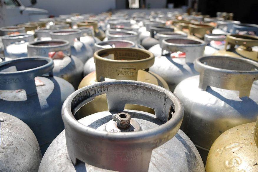 Preço do gás de cozinha cai pela terceira vez (Foto: Reprodução).
