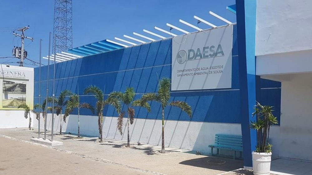 Justiça ordena que Daesa não efetue o corte de água em Sousa no período de emergência da Covid-19