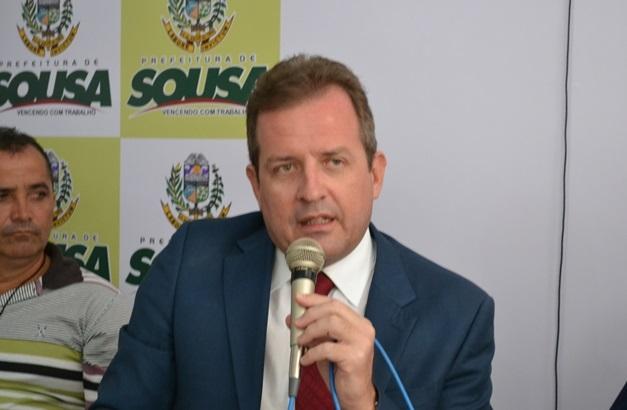 Prefeito de Sousa determina reabertura parcial do comércio e antecipa feriado de Corpus Christi