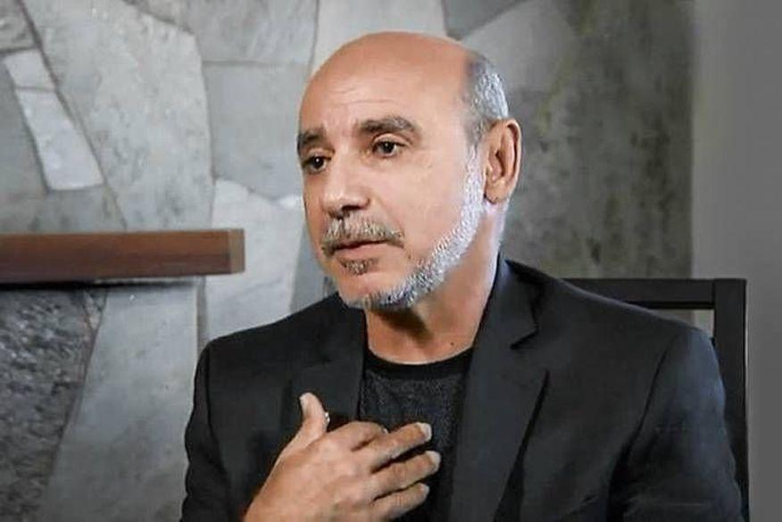 Presidente do STJ manda Queiroz para prisão domiciliar
