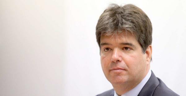 Denúncia do MP contra Ruy Carneiro é acatada e ex-deputado responde por fraudar licitações