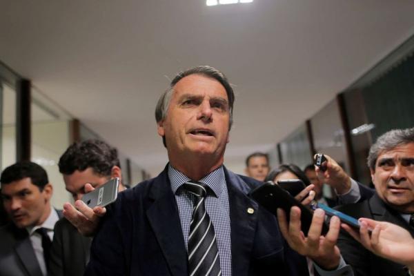 Bolsonaro diz que não nomeará condenados por corrupção para ministério