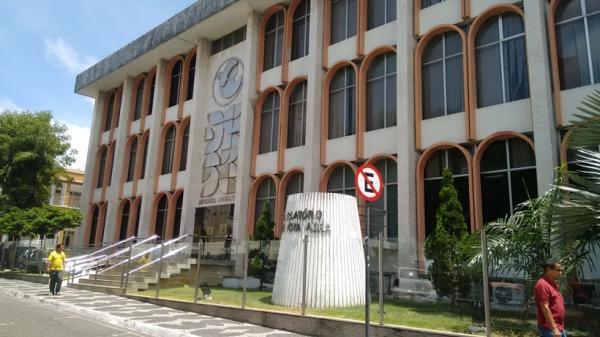 Anulação de PEC provoca troca de acusações entre deputados na ALPB